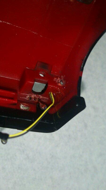 AE86 ミニッツ電飾 レッドバージョン サイドウインカー 裏側