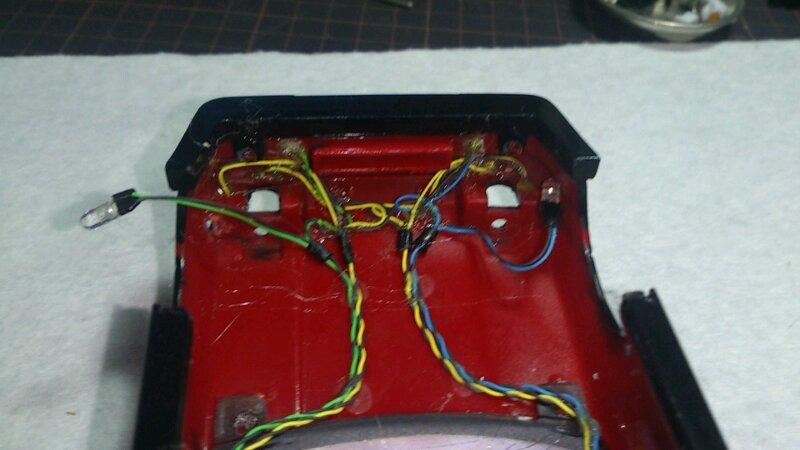 AE86 ミニッツ電飾 レッドバージョン フロント 配線接着