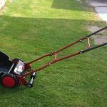 手動芝刈り機 ゴールデンスター GSB-2000 バーディーモアで芝刈り完了